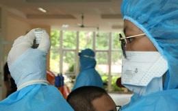 Bắc Giang tiêm vắc-xin cho thương nhân và lái xe mua vải thiều