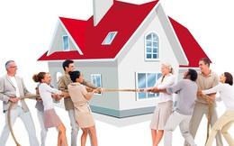 Mỹ: Người mua điên cuồng lao vào những cuộc đấu thầu nhà, người bán lại do dự vì... không có nơi để ở