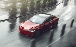 Chuyện về chiếc Tesla tự động mở cửa sổ giữa trời mưa gây xôn xao cộng đồng mạng Trung Quốc