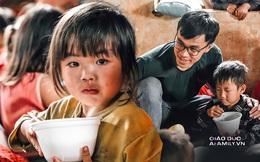Những bức ảnh hồn nhiên của trẻ em vùng cao khiến cả triệu trái tim thổn thức và câu chuyện truyền cảm hứng từ chàng trai xứ Quảng