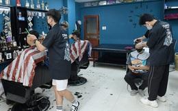 Hoả tốc: Từ 0h ngày 13/7 Hà Nội dừng cắt tóc, quán ăn chỉ được bán mang về