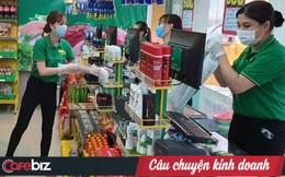 Cảnh đối lập giữa mùa dịch ở Sài Gòn: Bách Hóa Xanh trần tình chuyện tăng giá, Co.op Food và Big C tuyên bố chắc nịch giữ bình ổn giá cho dân