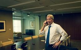 """CEO đột ngột bị sa thải sau 15 năm, chỉ nói một câu duy nhất nhưng khiến tất cả mọi người phải """"bội phục"""""""