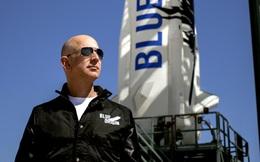 Nguy cơ tỷ phú Bezos gặp nạn trong chuyến bay đầu tiên vào vũ trụ