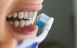 """Chuyên gia chỉ ra cách ngăn ngừa virus xâm nhập răng miệng, trong mùa dịch COVID-19 người dân càng nên """"dắt túi"""""""