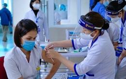 INFOGRAPHIC: 16 nhóm đối tượng được ưu tiên tiêm chủng vaccine COVID-19