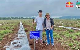 Đàm phán êm xuôi với Thaco trong phút mốt, bầu Đức vui vẻ đi trồng sầu riêng với Kiatisak, Công Phượng, Văn Toàn…