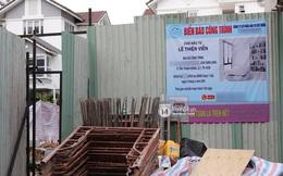 Thuỷ Tiên - Công Vinh bị netizen soi điểm khó hiểu ở biệt thự đang xây: Chủ đầu tư ở giấy phép và ở biển công trình khác hẳn nhau?
