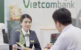 Lợi nhuận Vietcombank bất ngờ giảm sâu, xuống thấp nhất kể từ 2018 và lần đầu tiên đứng dưới VPBank, Techcombank