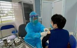 Người dân Hà Nội giờ có thể đăng ký tiêm vaccine Covid-19 online: Dùng trên mọi thiết bị, chỉ cần quét QR, quản lý tiêm từ A đến Z