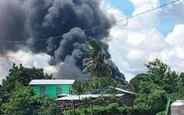 Video: Cận cảnh hiện trường tan hoang, khói bay ngập một vùng trời của vụ rơi máy bay thảm khốc khiến 45 người thiệt mạng