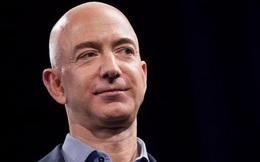 """Jeff Bezos: Cân bằng công việc và cuộc sống là """"cách nói làm con người yếu đuối"""""""