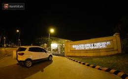 Ca dương tính SARS-CoV-2 mới tại Hà Nội: Công nhân chờ xét nghiệm xuyên đêm, nhiều người trò chuyện quên đeo khẩu trang