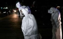 """Indonesia điều đội quân """"hồn ma"""", xịt nước cảnh cáo người vi phạm quy định chống dịch"""