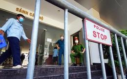 Cận cảnh phong toả toà chung cư ở Hà Nội nơi có 2 ca dương tính SARS-CoV-2