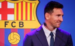 NÓNG: Messi trì hoãn ký hợp đồng với PSG, chuyển hướng sang Man United vào phút cuối?