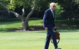 Ông Biden 'quên' lối vào Nhà Trắng sau chuyến công tác