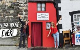 Ngôi nhà nhỏ nhất nước Anh: Rộng chưa đến 2m, ngủ phải thò chân ra ngoài nhưng bên trong có gì mà thu hút 55.000 người đến mỗi năm?