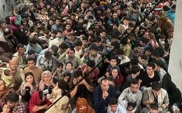 1 tuần sau ngày Kabul thất thủ: Sân bay vẫn hỗn loạn, hàng chục ngàn người Afghanistan tranh giành đến tuyệt vọng để trốn chạy khỏi Taliban