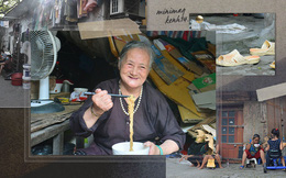 """""""Khu ổ chuột"""" Hà Nội những ngày giãn cách: Người dân sống nhờ gạo cứu trợ nhưng vẫn còn đó những nụ cười lạc quan"""