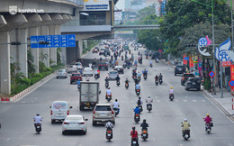 Ảnh: Đường phố Hà Nội đông đúc bất ngờ trong chiều ngày 24/8