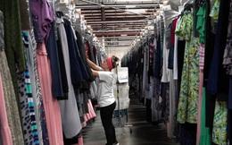 Xu hướng mua bán quần áo đã qua sử dụng tại Mỹ