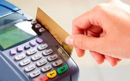 Lỡ vay tiêu dùng, quẹt thẻ tín dụng trước dịch, nhiều người chật vật trả góp hàng tháng