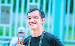 """Nhựt Minh - Anh chàng nổi tiếng vì tặng người nghèo những ổ bánh mì """"đắt nhất Việt Nam"""", khiến ai mở ra cũng chảy nước mắt vì hạnh phúc trong mùa Covid"""