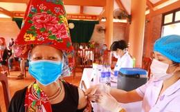 """Huyện có tỷ lệ tiêm vắc xin COVID-19 cao nhất Việt Nam, đã tiêm Sinopharm cho 80% người trên 18 tuổi: Chúng tôi chỉ nói """"3 thật""""!"""