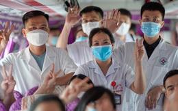 Gần 4.000 nhân viên y tế từ 11 tỉnh, thành chi viện Hà Nội chống dịch Covid-19