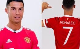 """Áo đấu của Cristiano Ronaldo đạt doanh thu """"điên rồ"""" gần 6.000 tỷ, CR7 chưa đá phút nào đã giúp Man United hồi vốn chuyển nhượng"""