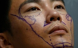 Lột trần khuôn mặt đẹp rạng ngời đúng chuẩn của đàn ông Trung Quốc: Giật mình với sự thật đằng sau