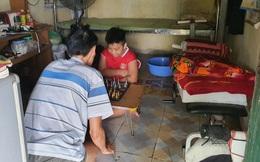 Hà Nội hỗ trợ đưa lao động về quê, vì sao nhiều người quyết bám trụ?