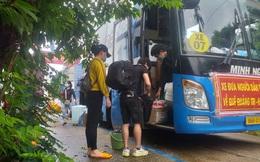 """Bình Thuận đưa 15 người """"ngồi thùng xe đông lạnh né chốt"""" về quê"""