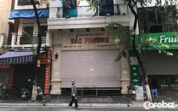 Khách mua chen lấn, không tuân thủ 5K, tiệm bánh trung thu có tiếng nhất Hà Nội phải đóng cửa đến hết Rằm