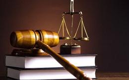 Tội vu khống, bịa đặt, bôi nhọ danh dự người khác có thể bị xử phạt đến 7 năm tù giam và bồi thường đến 10 tháng lương