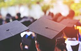 CEO LinkedIn khuyên các sinh viên mới tốt nghiệp và đang tìm việc trong Covid: Các bạn đang ở thời kì hoàn toàn khác so với trước đây, hãy ngẩng cao đầu tiến lên!