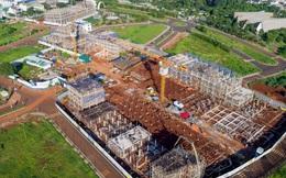 Những căn nhà đầu tiên trong dự án Thành phố Cà phê của ông Đặng Lê Nguyên Vũ đã cất nóc: Giá 7-10 tỷ đồng/căn, có thể đến ở vào cuối năm