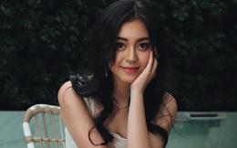Ái nữ sinh năm 2000 trong gia tộc Sơn Kim: Thừa hưởng trọn vẹn nét đẹp của cha mẹ, thần thái sang chảnh hớp hồn