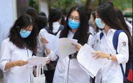 Vì sao các trường đại học ở Hà Nội không vội cho sinh viên tới trường?