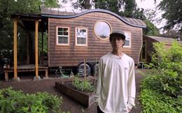 """Chàng trai 9X tự thiết kế """"ngôi nhà di động"""", sống cuộc đời độc thân bay nhảy suốt 5 năm: """"Không dựa dẫm vào gia đình là rất tốt"""""""
