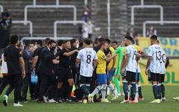 Nhà chức trách vào sân trục xuất cầu thủ, trận Brazil - Argentina đổ bể