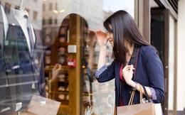Cô gái trẻ tư duy lại lối sống YOLO: Đừng 'vung tay quá trán' để rồi phải sống 'cầm hơi'!