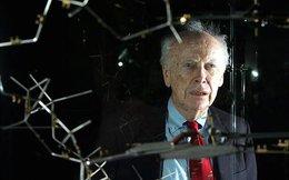 Tỷ phú Nga đồng ý trả lại huy chương Nobel cho 'Cha đẻ ADN'