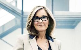 Cựu CEO Burberry Angela Ahrendts: Trước hết phụ nữ là những người mẹ
