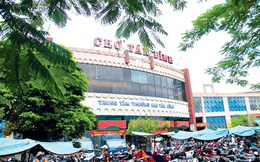 """Chợ Việt khó """"lên lầu"""""""