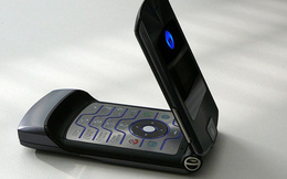 Điện thoại nắp gập có thể trở lại, 'lợi hại' hơn xưa?