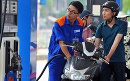 Giá xăng giảm thêm 550 đồng/lít