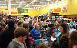 Khách hàng Wal Mart đánh nhau dù chưa chính thức tới Black Friday