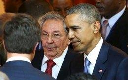 Chủ tịch Cuba lần đầu bắt tay Tổng thống Mỹ